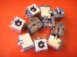 laptop port socket input connector receptacle jack