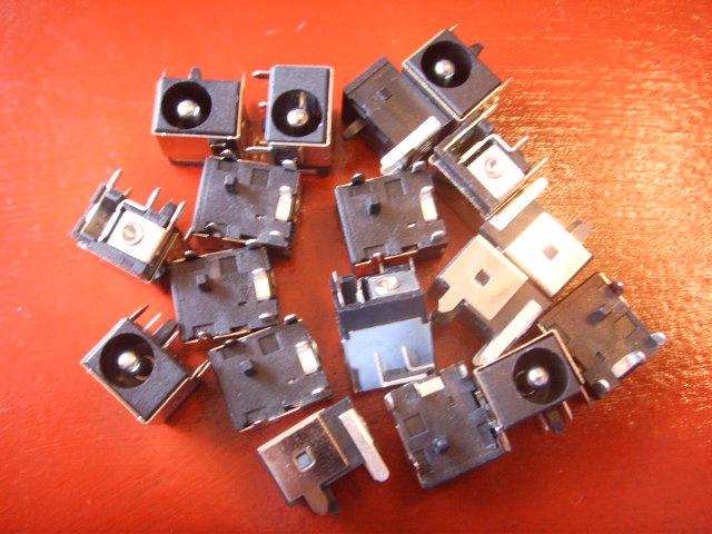 laptop port connector